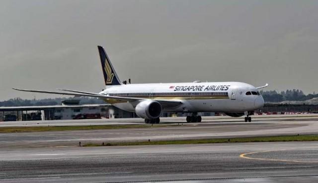 Aterrizó en Nueva York el vuelo comercial más largo del mundo
