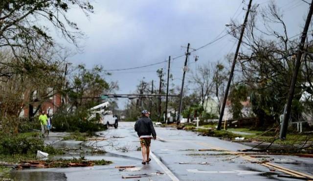 Huracán Michael dejó once muertos tras su paso devastador por EEUU