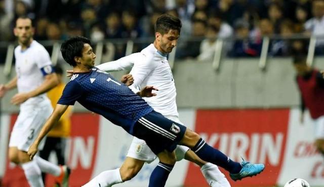 Tabárez reservó a 25 jugadores del exterior para los partidos contra Francia y Brasil