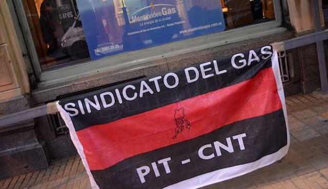 """Paro """"parcial metropolitano"""" por conflicto en Petrobras"""
