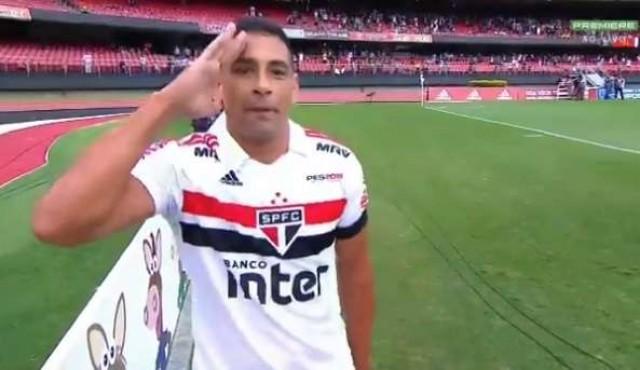 Jugador de Sao Paulo dedicó gol a Bolsonaro y generó polémica en Brasil