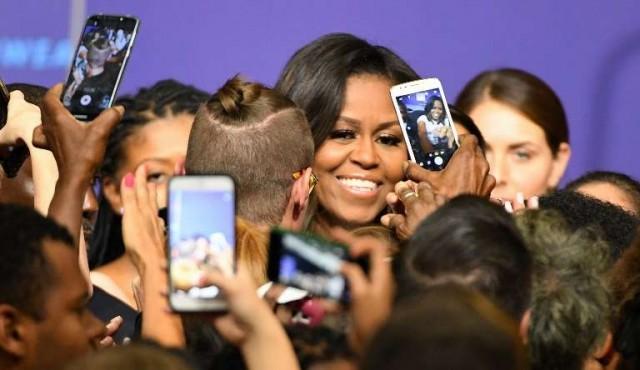 Michelle Obama ataca a Trump y escribe sobre su intimidad en sus memorias