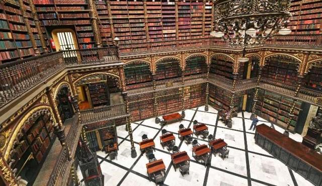 Con una biblioteca estilo Harry Potter, Rio de Janeiro continúa leyendo