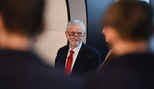 """Laboristas piden elecciones anticipadas para """"salir del bloqueo"""" del Brexit"""
