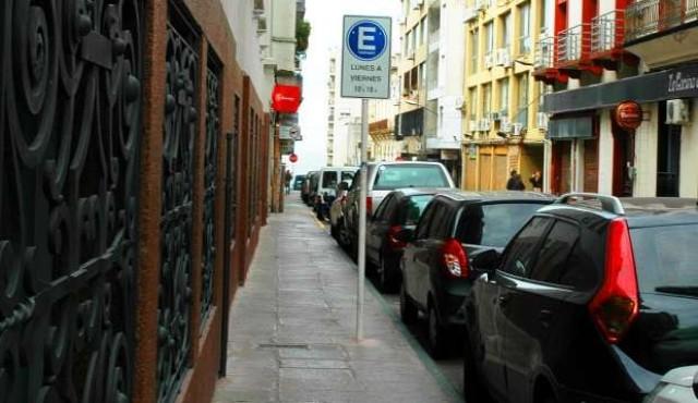 Aumenta el precio del estacionamiento tarifado