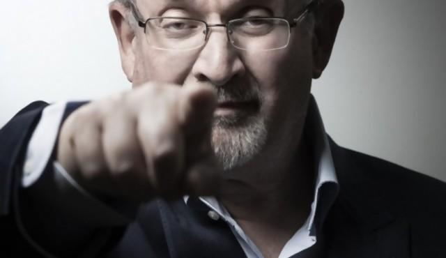 Treinta años después de la fetua, Salman Rushdie no quiere seguir escondiéndose