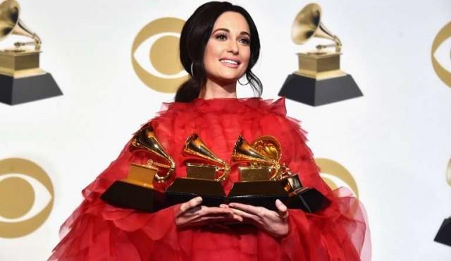 El Grammy con tono femenino y reconocimiento al rap