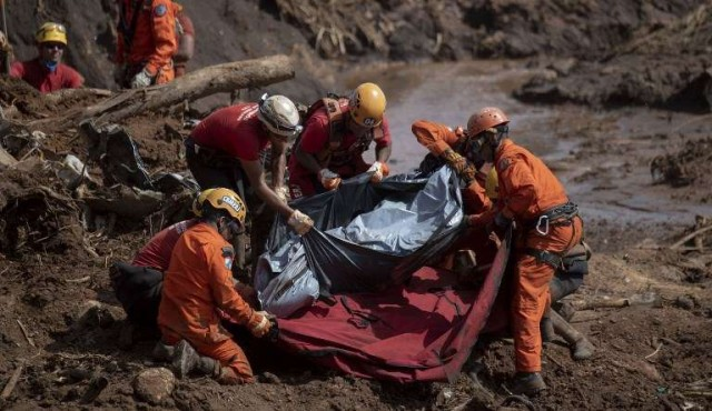 Desastre minero en Brasil deja diez ciudades afectadas por río contaminado