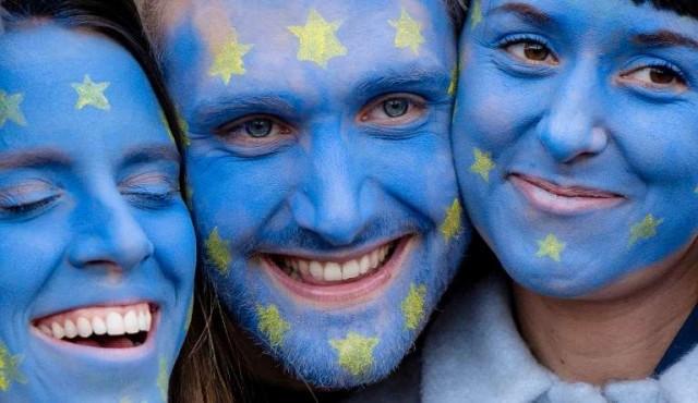 Los anti-Brexit salen a las calles en masa para pedir un nuevo referéndum
