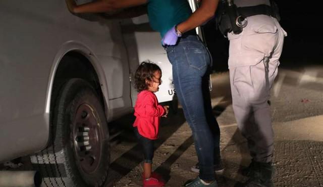 Foto de niña hondureña entre lágrimas en frontera de EE.UU ganó el World Press Photo
