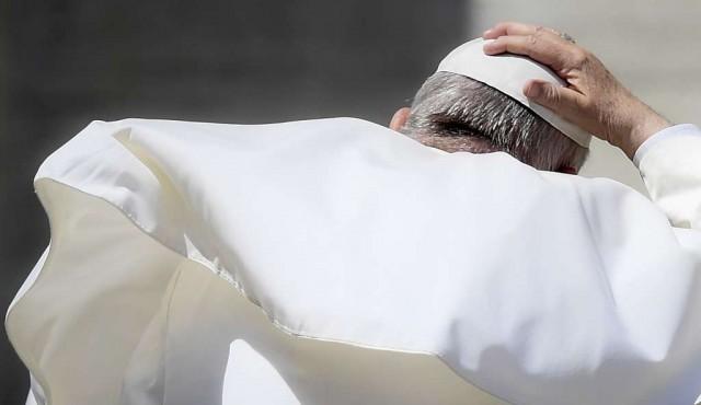 Francisco obliga legalmente al clero a denunciar los abusos sexuales