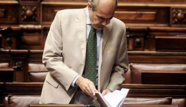 """La regasificadora fue """"más que un mal negocio"""", según la oposición"""