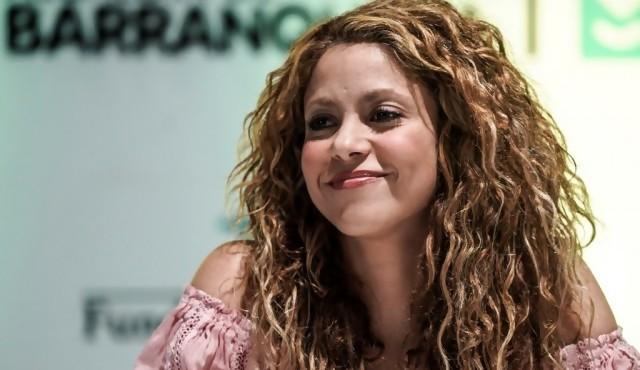 "Tribunal español descarta que Shakira y Vives plagiaran ""La bicicleta"""
