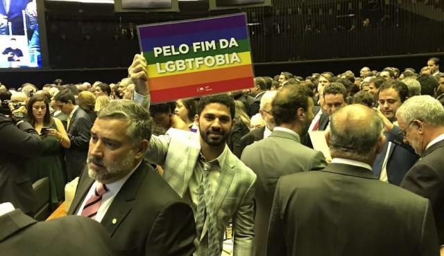 Diputado gay de Brasil elegido por Time como líder de la próxima generación