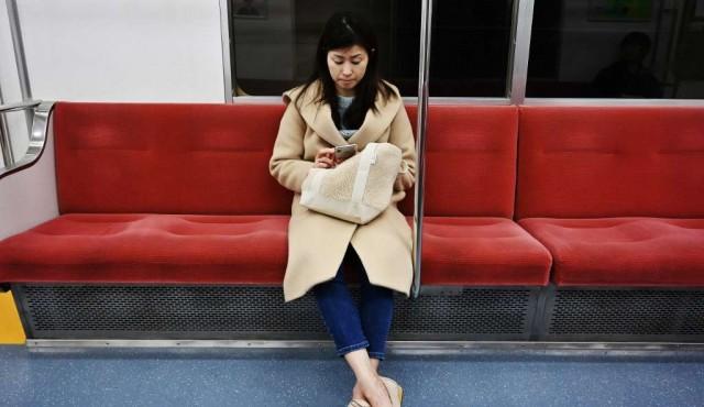 Una aplicación contra manoseadores causa furor en Japón