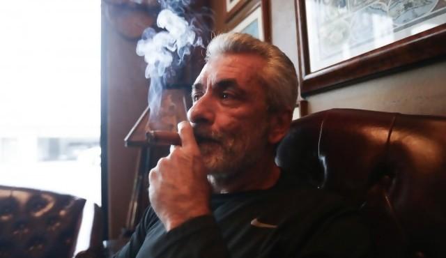 Beverly Hills prohíbe venta de tabaco con excepción para clubes de habanos