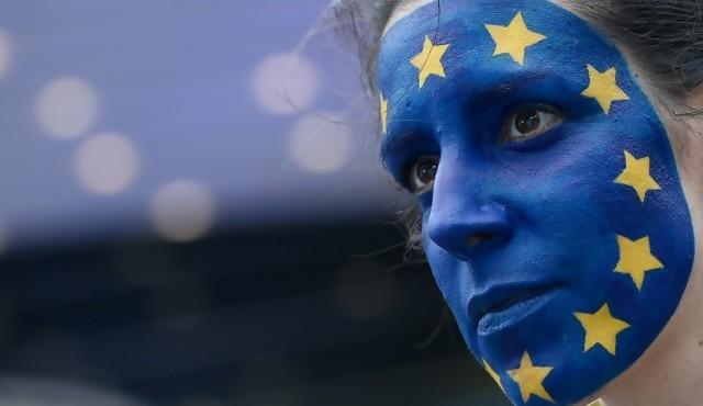 Primera estimación confirma mayoría proeuropea en Eurocámara