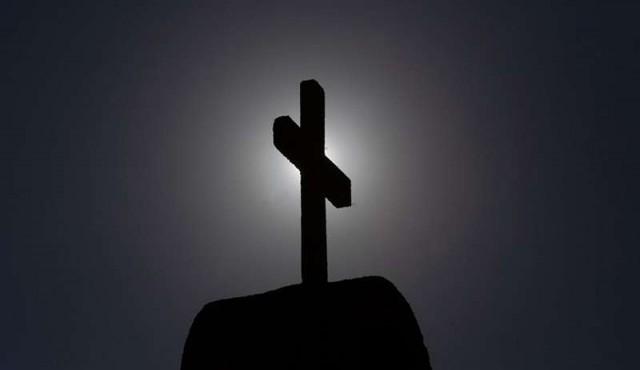 Suspenden en Chile a sacerdote argentino por acusaciones de abuso de menores