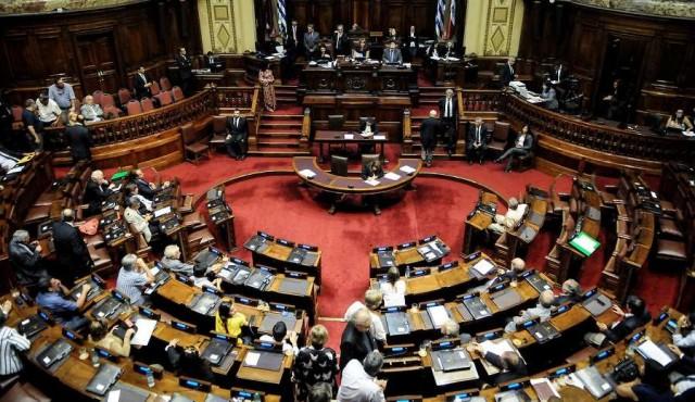 Frente Amplio buscará aprobar Ley de Financiamiento de Partidos