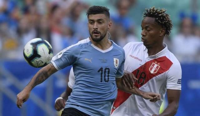 Uruguay empata con Perú en Salvador