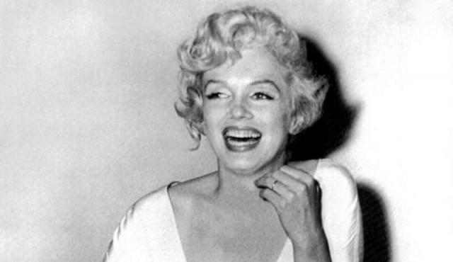 Dos éxitos de Marilyn Monroe en el Auditorio Nelly Goitiño