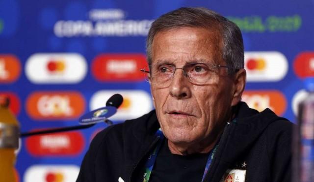 "Periodistas deportivos expresaron ""hondo malestar"" con Tabárez"