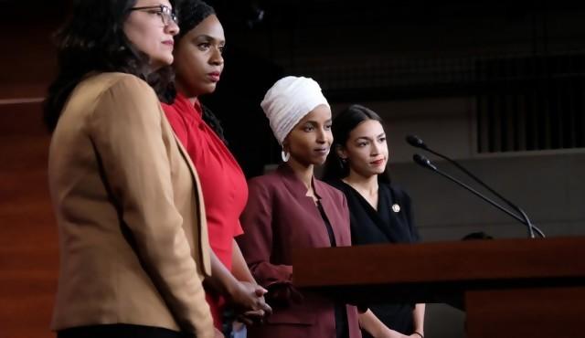 """""""El escuadrón"""" de mujeres legisladoras que desata la ira de Trump"""