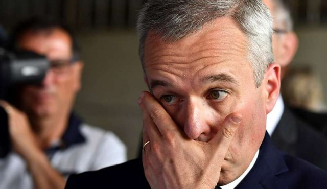 Cayó el número dos del gobierno francés por escándalo de gastos fastuosos