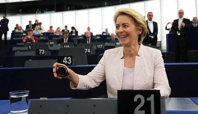 La conservadora Von der Leyen, confirmada por la mínima como presidenta de la Comisión Europea