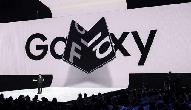 Samsung lanzara en septiembre su smartphone plegable