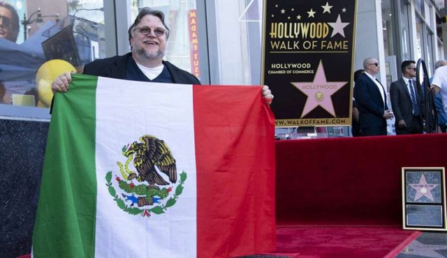 Guillermo Del Toro develó su estrella en Hollywood con mensaje a inmigrantes