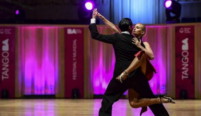 La ola feminista llega al tango en el mundial de Buenos Aires