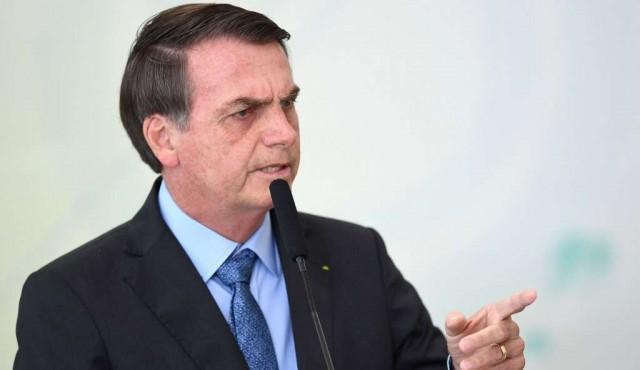 """Bolsonaro niega ser un """"capitán Nerón"""" que quiere incendiar la Amazonía"""