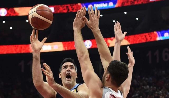 Argentina da el gran golpe y peleará por las medallas en el Mundial de básquet