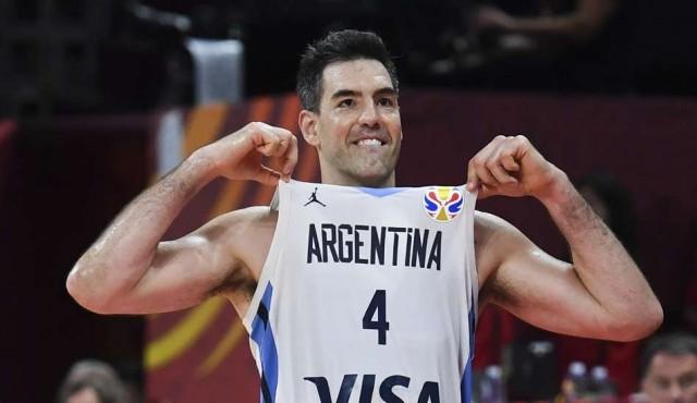Argentina arrasa a Francia y jugará por el título mundial contra España