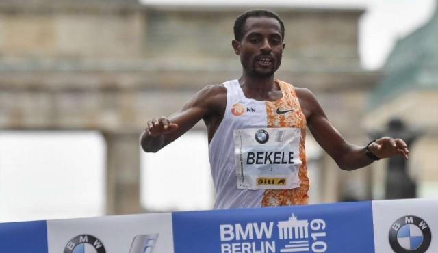 Bekele quedó a dos segundos del récord del mundo de maratón en Berlín