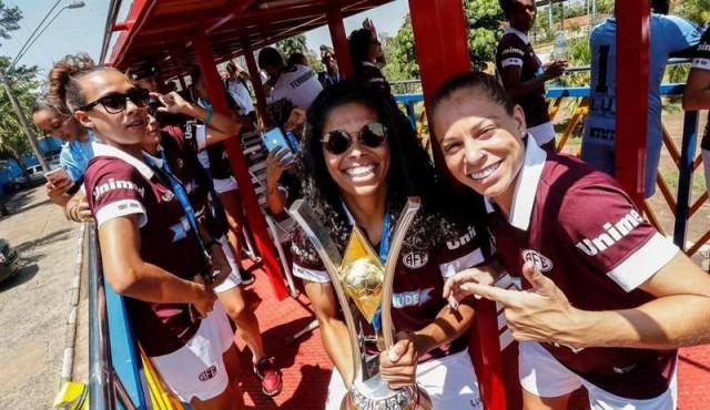 Las campeonas del fútbol brasileño se alzan contra la discriminación salarial