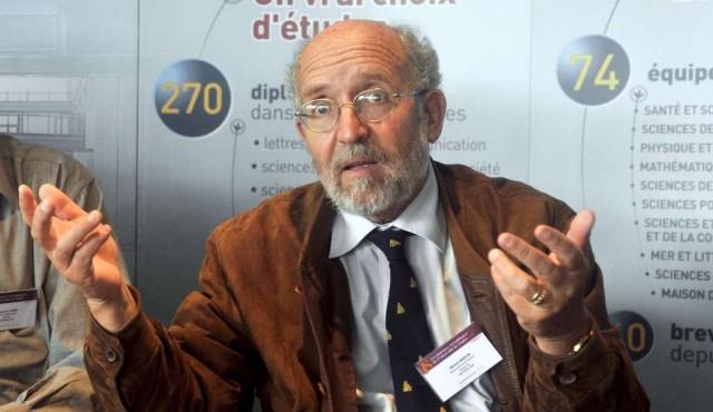 Trío de cosmólogos gana el Premio Nobel de Física