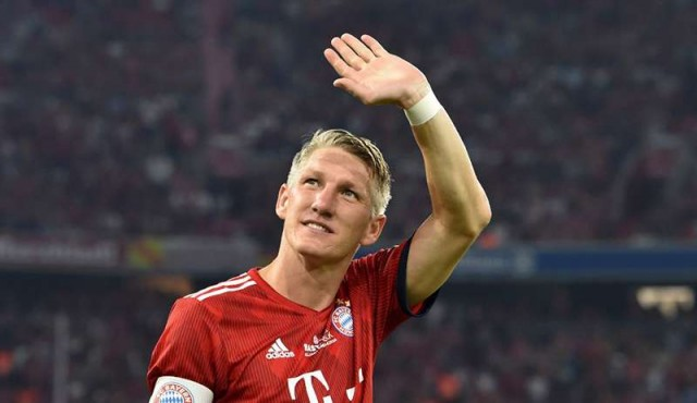 El excapitán de Alemania Schweinsteiger anuncia su retirada