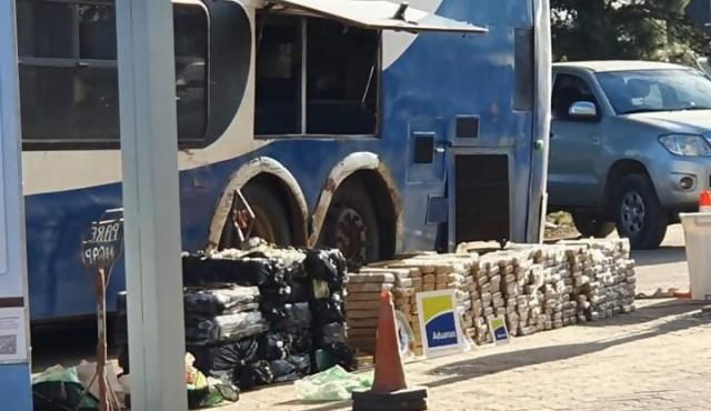 Decomisan 800 kilos de marihuana proveniente de Paraguay