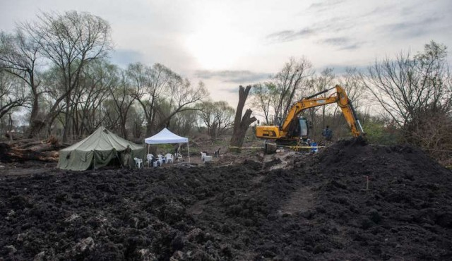 Bayardi: la búsqueda debe continuar y este miércoles se vuelve a excavar en el Batallón 14