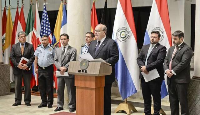Paraguay reclama a Uruguay por viaje a Finlandia de acusados de secuestro