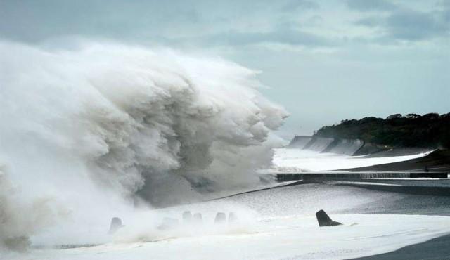 Japón: alerta máxima, dos muertos y deporte anulado por tifón Hagibis