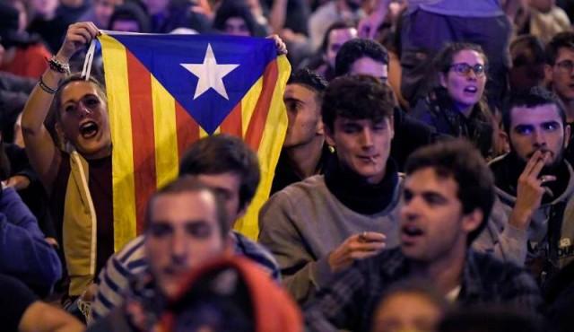 Las protestas en Cataluña ponen a Pedro Sánchez bajo presión de la derecha
