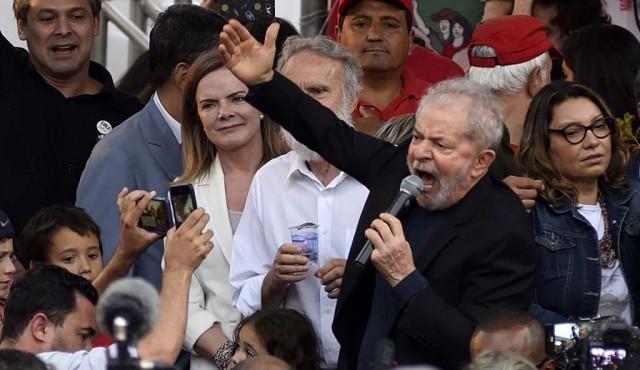 Lula salió de la cárcel y desafió a Bolsonaro