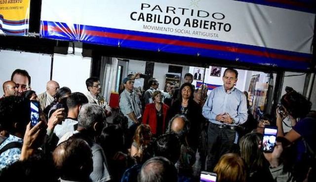 """Cabildo Abierto expulsó al convencional Cardoso, que propuso crear un """"escuadrón de la muerte"""""""