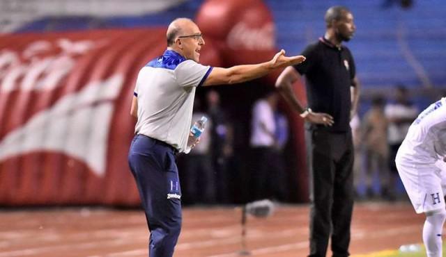 Coito cierra el 2019 con nota satisfactoria como entrenador de Honduras