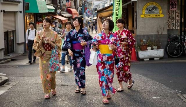 """Un """"identificador menstrual"""" multiplica críticas contra grandes almacenes japoneses"""