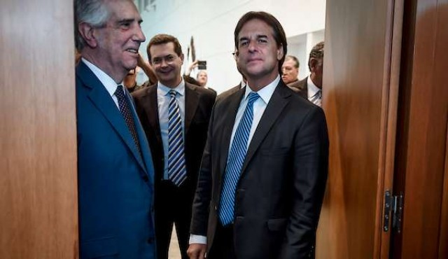 Vázquez y Lacalle Pou irán juntos a la asunción de Fernández