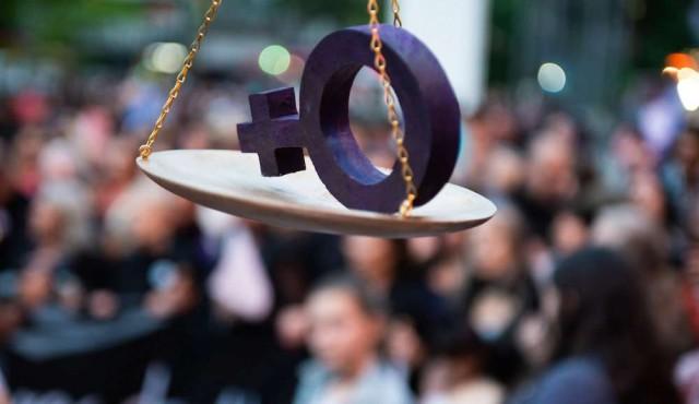 """180 adhiere al """"duelo nacional"""" contra la violencia de género"""